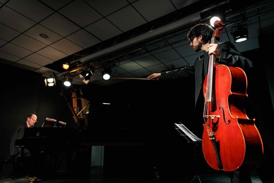 Lucia Ronchetti: Ravel Unravel